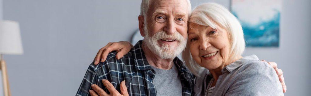 Äldre par som lånar utan UC